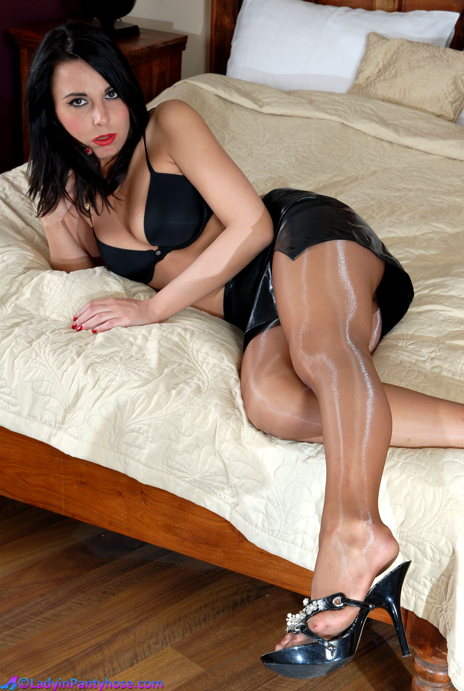 Ultra Sheer Pantyhose Tease